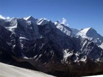 Trekingovo-horolezecká expedícia k Dhaulágirí