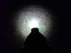 Svetelný kužeľ na blízko (2 m) - zoom na max. dĺžku kužeľa